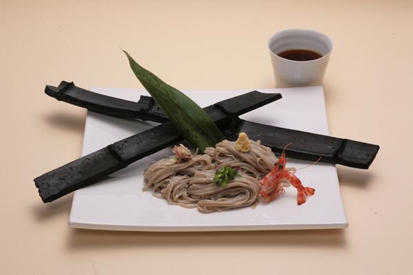 古代米独特の色味、いままでにないもっちりとした食感が特徴